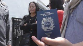 Piden a Perú permitir ingreso de niños y ancianos venezolanos sin pasaporte