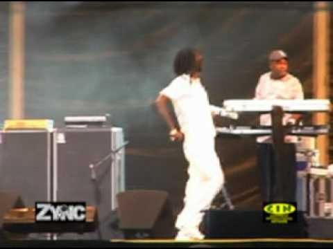 "Buju Banton's Mic Shut Off ""Accidentally"""