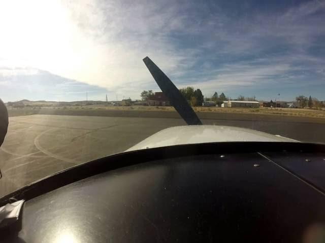 Approach/Landing Murphy, Idaho runway 12. Cessna 150