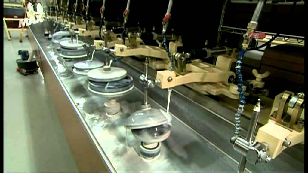 7ef0776752 Cómo se fabrican las lentes para óptica instrumental. - YouTube