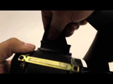 How to unlock seat belt retractor