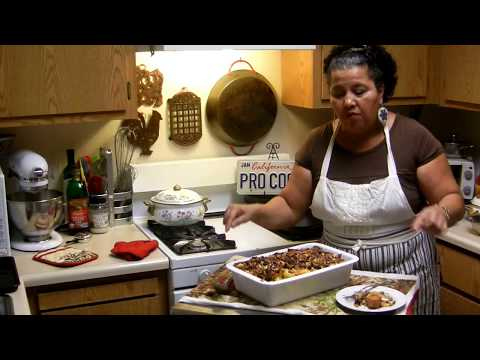 Capirotada! Mary's Making a Mexican Custard Bread Pudding! Finale!