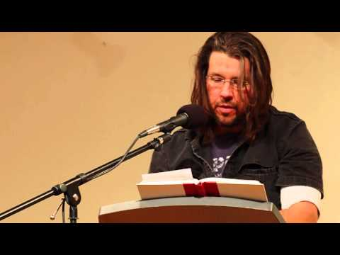 """David Foster Wallace reads from """"The Pale King"""" and """"Incarnations of Burned Children"""" (12/2000)"""