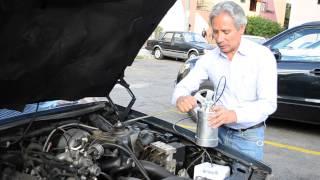 Joven ecuatoriano crea aparato para ahorrar combustible