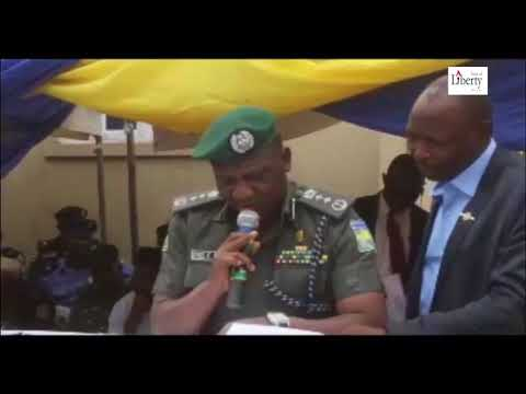 IGP Idris stammers as he reads from own prepared speech
