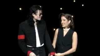 Michael Jackson and Lisa Marie Presley (Jackson) KISS !