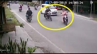 [Analisa Kasus] Video viral wanita pemotor belok kanan, ditabr4k pemotor lain. Siapa salah ?