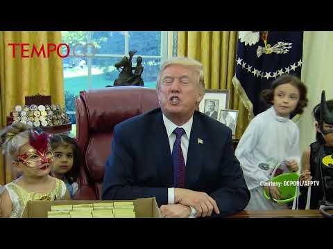 Trump versus Obama style welcomes Halloween
