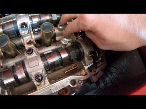 Lotus Elise Track Prep | Oil Starvation | Cam Wipe Inspection | Brake Lines