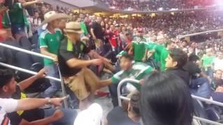 Mexicanos vs Argentinos pelea de aficionados