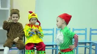 """Новогодний праздник группы """"Капельки"""" детского сада Smart Child Care."""