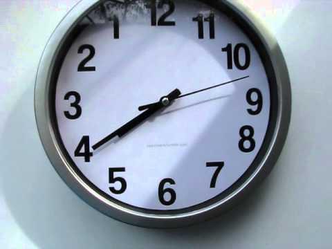 Часы, которые идут назад - YouTube