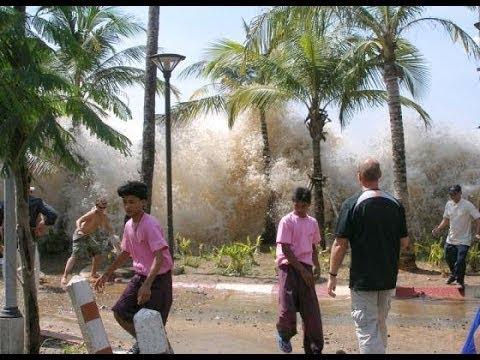 DOCUMENTAL DEL DEVASTADOR TSUNAMI 2004 EN INDONESIA