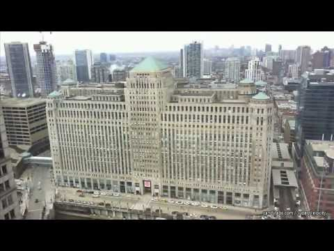 Time Lapse of the Merchandise Mart in Chicago
