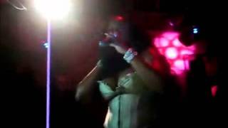 Foxy Brown - Wardrobe Malfunction (Nipple Slip in SACRAMENTO) (2009)