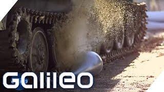 Ein Panzer auf dem Wasserbett? Finde den Lügner | Galileo | ProSieben