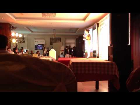 Múa  Khai mac Hội nghị LG 2012 Tại Sơn La