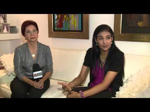 Hijastra de Daniel Ortega y Exministra Hondureña que renunció para apoyarla, se reúnen
