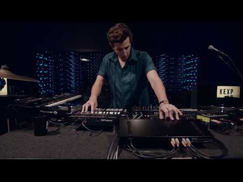 The xx - On Hold (Live on KEXP)