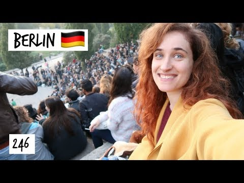 My Favorite Fleamarket & Karaoke | Berlin Travel Vlog 246 | HiLesley-Ann