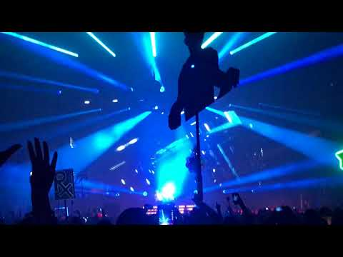 Above & Beyond - Tightrope feat. Marty Longstaff @ Los Angeles Convention Center