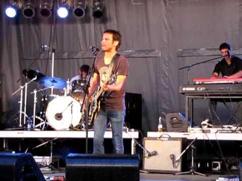 "Sam Roberts "" Don't Walk Away Eileen"" Live"