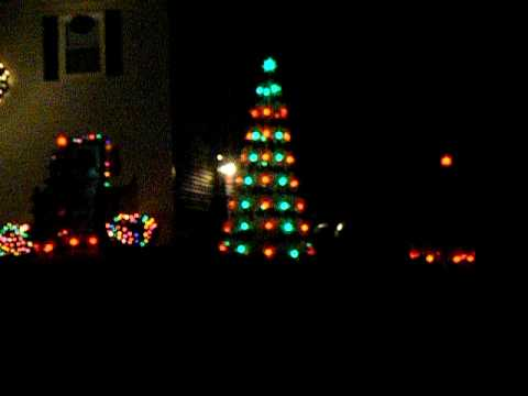 musical christmas trees with sychronized lights sample - Christmas Lights Synchronized To Music