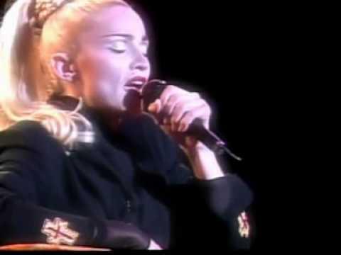 Madonna - Live To Tell/Oh Father (Blond Ambition Tour Yokohama)