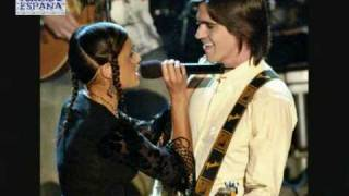 Nelly Furtado & Juanes - Powerless (Say What You Want)