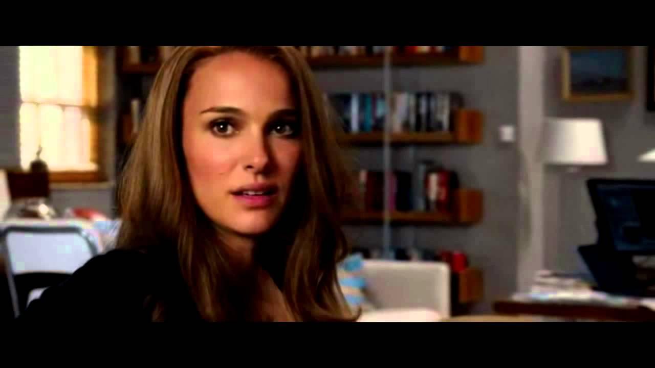 Thor and Jane kiss - Thor: The Dark World - Post Credit Scene