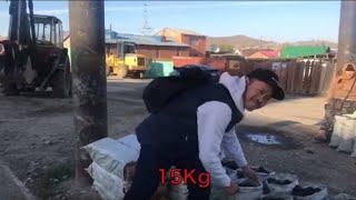 モンゴルの首都ウランバートルでは、世界最悪レベルの大気汚染が社会問...