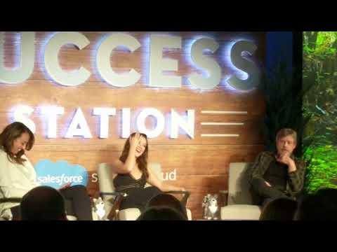 Mark Hamill & Billie Lourd Q&A