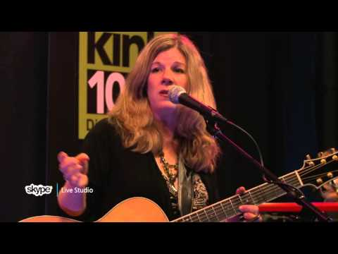 Dar Williams - Interview (101.9 KINK)