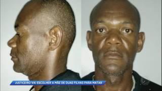 """Suposto """"justiceiro"""" mata jovem suspeita de raptar crianças"""
