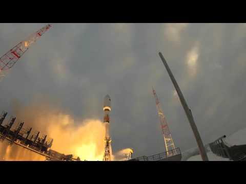 Soyuz rocket 2.1b launch - Пуск ракеты носителя Союз 2.1б