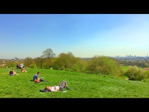 LONDON WALK through Hampstead Heath incl. Ponds and Parliament Hill Viewpoint | England