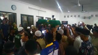 Pemakaman KH Sunardi Syahuri
