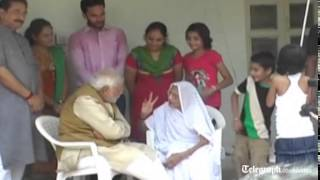 India election: Narendra Modi gets mother's blessing for election win