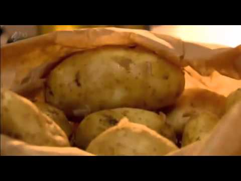 Gordon Ramsay Cooking the Perfect Boiled Potatoes