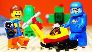 Lego Movie 2 Train Crane Zombie Arcade Fail Animation