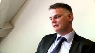 Absurdistan interviewer Dansk Folkeparti om danskhed