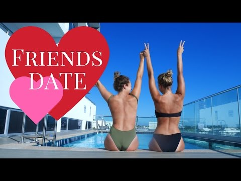 A BLONDE MOMENT 😂 | FRIENDS DATE (ROOFTOP MOVIES PERTH) | PIAS VLOG 18