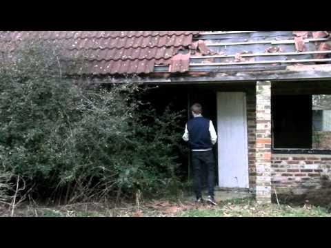 Random Movie Pick - Horror film trailer - The Surgeon YouTube Trailer