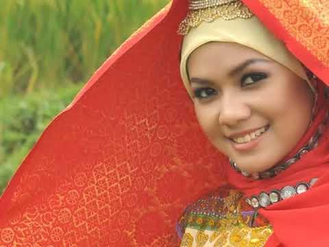 LAGU MINANG / TINGGALAH KAMPUANG (HQ) - Diah Maisa - Video Klip Al Glory - VIDEO KUALITAS JERNIH