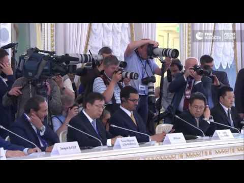 Мы практически преодолели спад – Путин о состоянии экономики РФ   РИА Новости