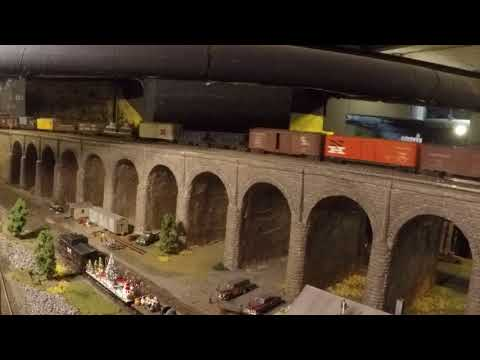 Stamford Model RR Club--NH (A-B-A) Freight going across the viaduct