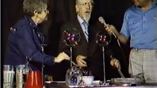 Eiffel & Alice Plasterer 1981 FULL TV INTERVIEW. Soap Bubbles, History. Life At Home, Philosophy
