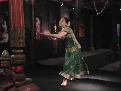 Jhoom Barabar Bollywood Dance by Rima Shamoeva