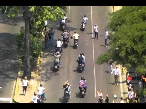 Manifestacion en La Florida 1:00 pm - ¿¿Capriles se les unió??