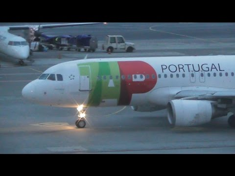 Planes at Warsaw Chopin Airport, Ground movements + More | 08-12-16